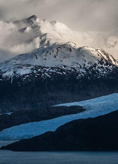 Ultra Trail Torres del Paine 2014 Patagonia, Chile Trail Running UTTPvertical09