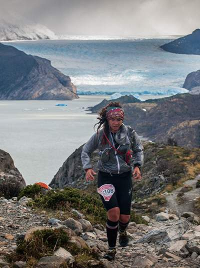 Ultra Trail Torres del Paine 2014 Patagonia, Chile Trail Running UTTPvertical20