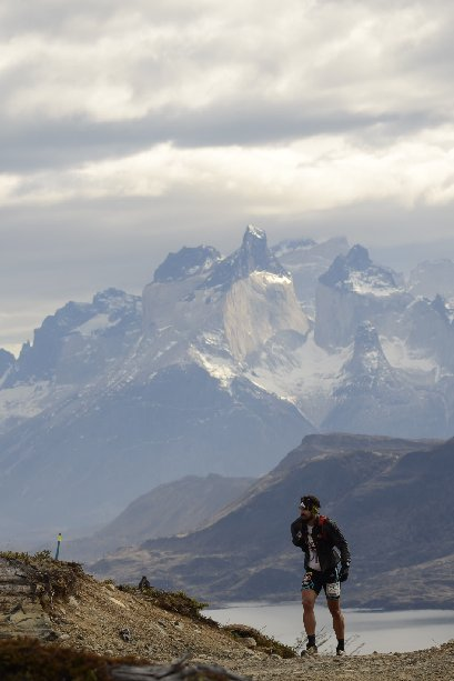 Ultra Trail Torres del Paine 2016 Fernando Nazario Trail Running Patagonia, Chile